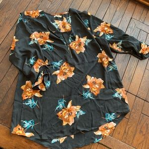 Maurices Tunic Top, Size XXL, never worn